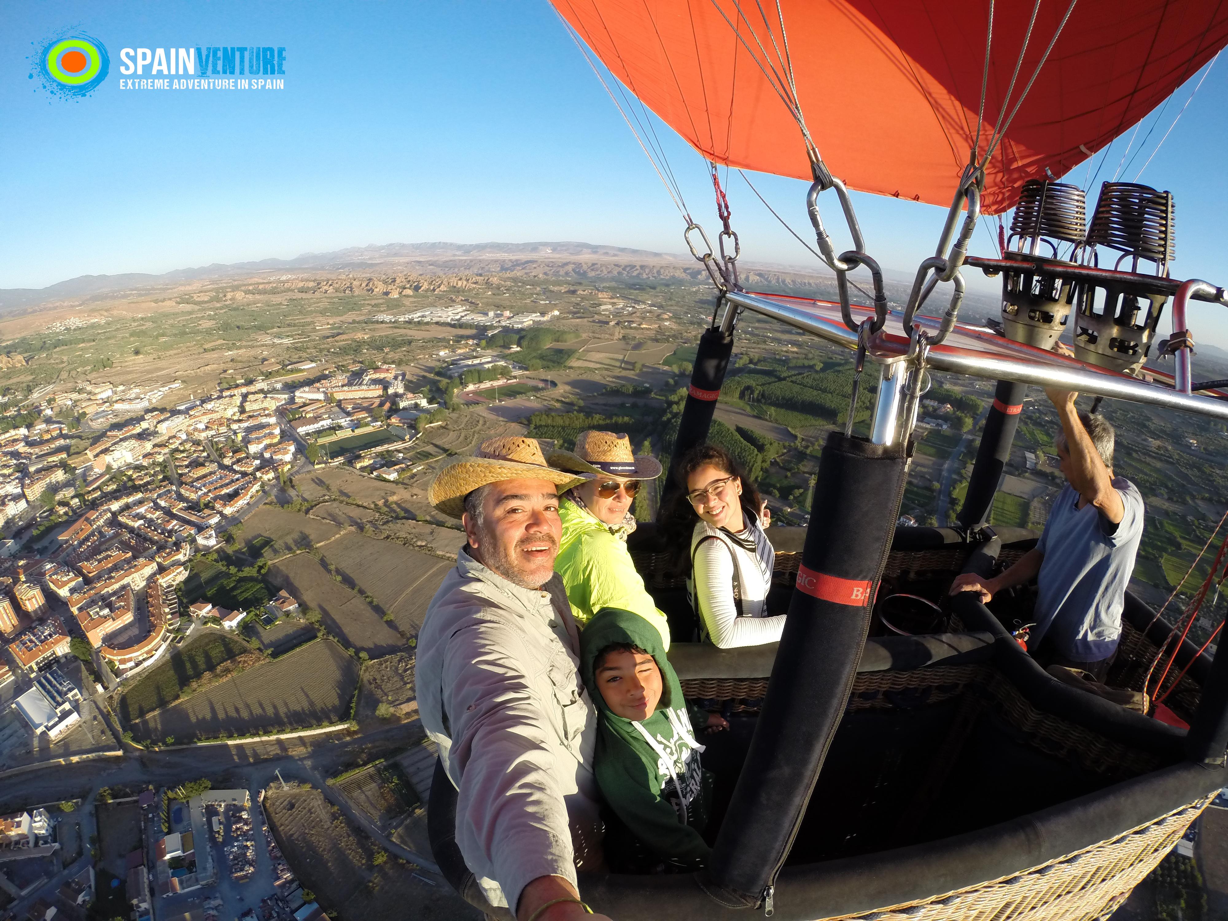Spainventure Hot Air Balloon Flight in la costa del Sol Fuengirola Aventuras Extremas en Fuengirola Extrem adventures
